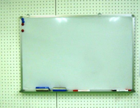 池袋東口レンタルスタジオのホワイトボードです。