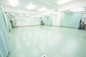 池袋 レンタルスタジオ 東口にある 演劇 ワークショップ 向けの 貸しスタジオ です