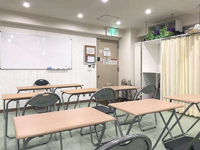 英会話教室で使えるレンタルスタジオ 池袋 「ルピナス」は、語学教室にもおススメです。